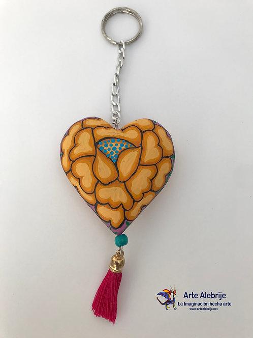 Alebrije de Madera | Llavero de Corazón Floreado Amarillo Mediano