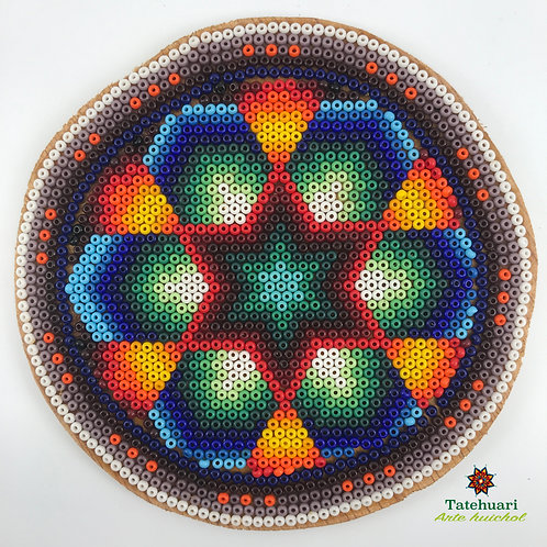 Círculo Forrado con Chaquira - Arte huichol
