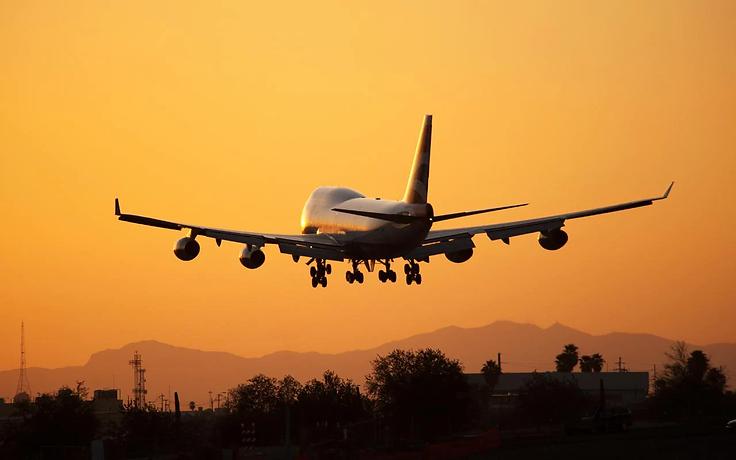 747-sunset-GETTY-xlarge.webp