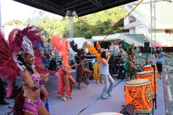 Vocal Groove Band & the dancers