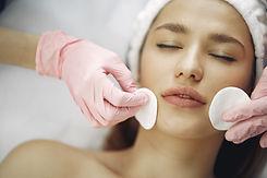 Acentuando_Clinica-de-belleza-facial-02.