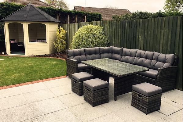 garden sofa 3.PNG