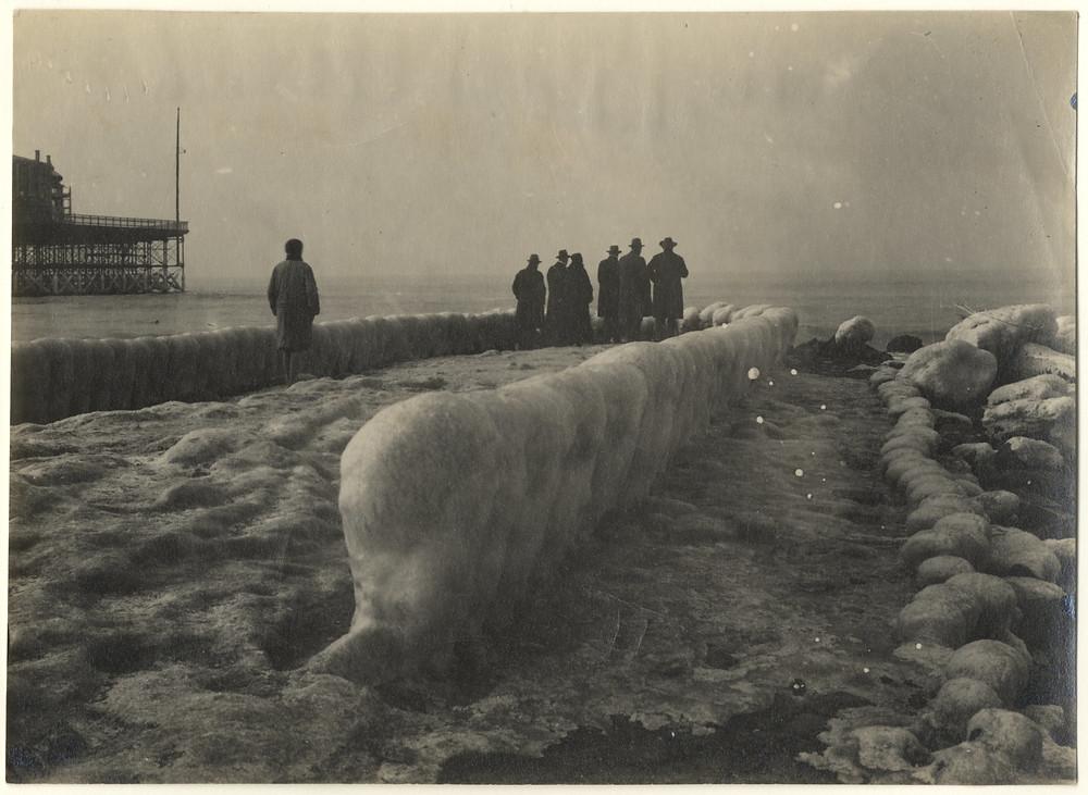 bevroren strekdam in 1920