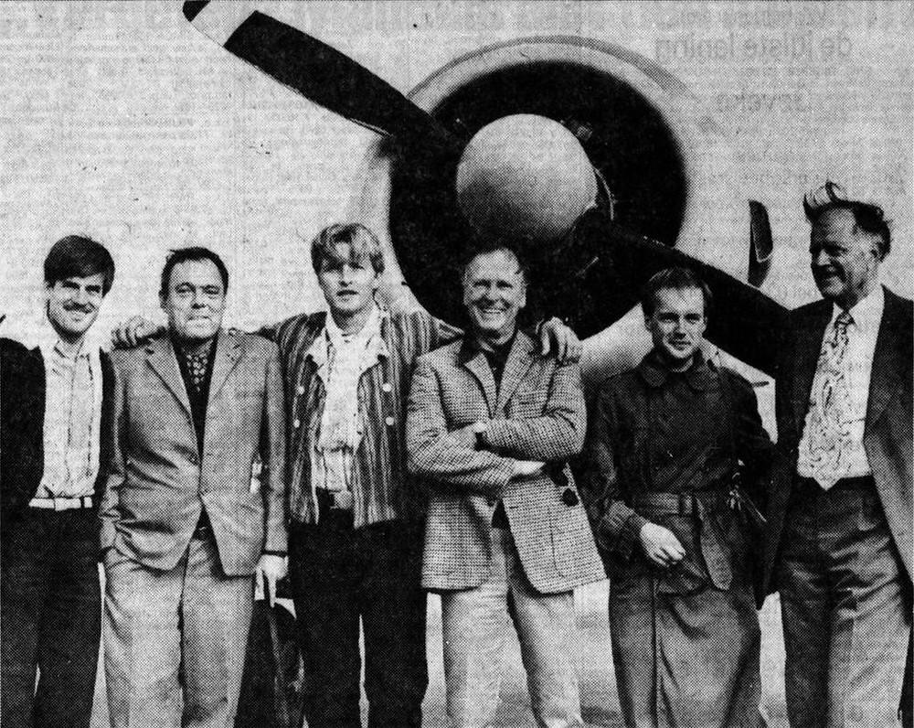 De acteurs en de mannen op wie hun personages in de film Soldaat van Oranje zijn gebaseerd.