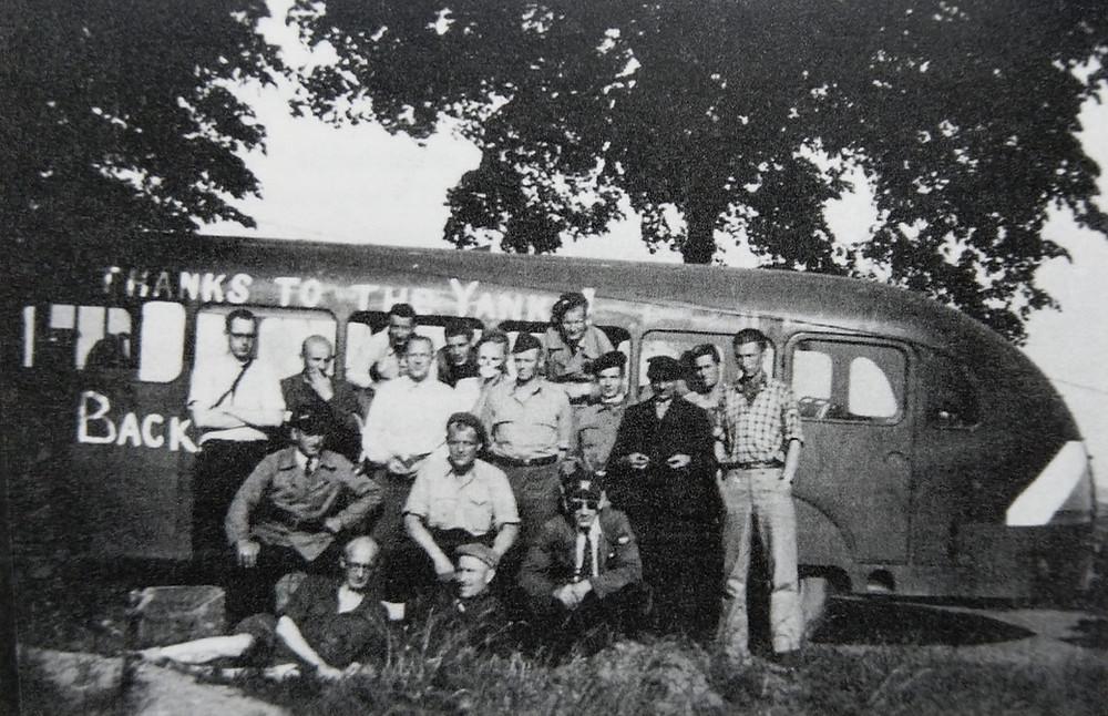 De bus uit Dachau met Bekkie de Loos