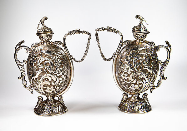 Pair Antique Indian Silver Chuskis Rajasthan 964 gms Indian Silver Wine Jugs