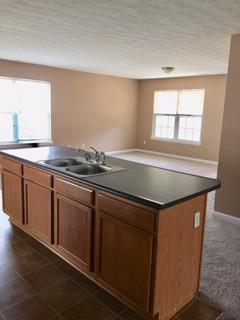 Kitchen (3) 9504 Brady John.jpg