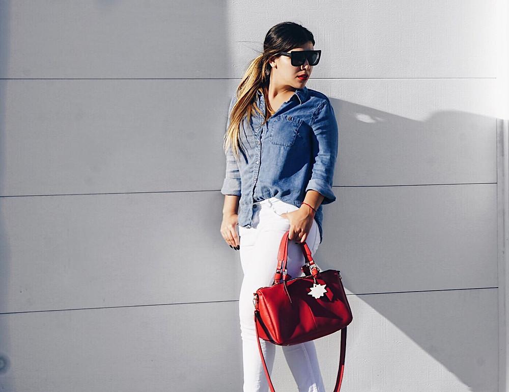 Jeans y cartera zara, top vintage.