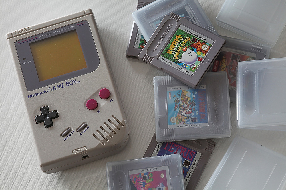Nintendo Game Boy, 90s toys