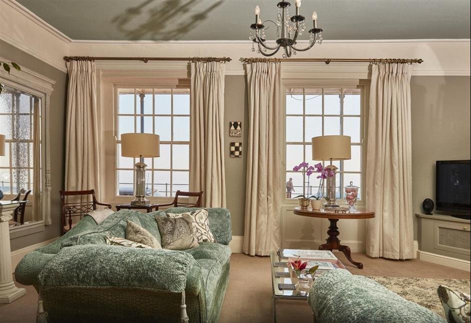 Bridgerton-style hotel room, York House