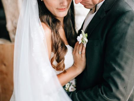 Verregnete DIY Hochzeit auf Gut Sedelbrunn | Andrea & Tom
