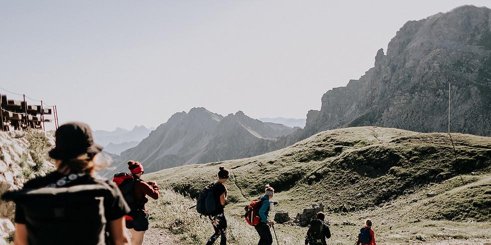 Laut & Glücklich Selbstliebe Bergtour