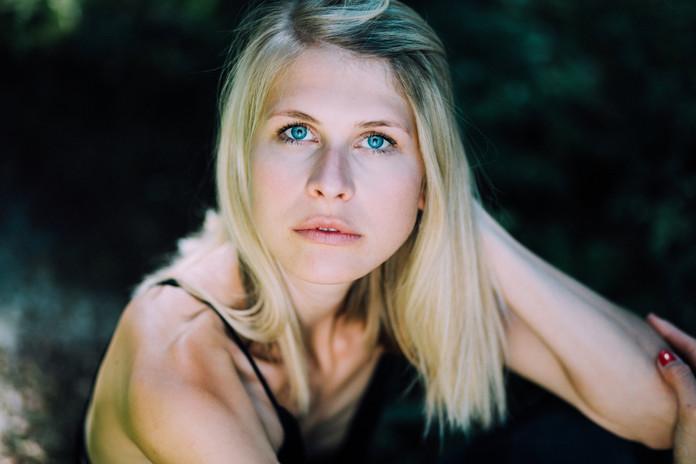Alexandra-Richter-Laura-15.jpg