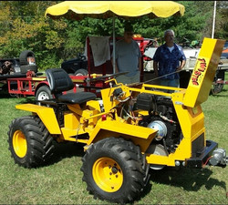 Dennis Gintowt's Beautifully restored   1968 TWISTER Tractor