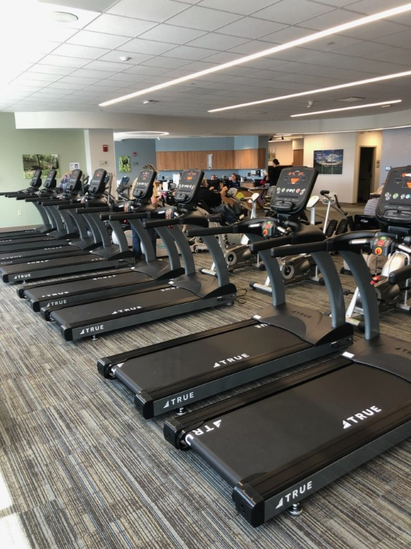 True CS400 Treadmills