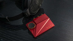 Tone2 Pro, ruby red.