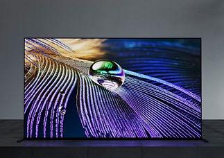 Sony-XR65A90J-lifestyle zoom2.jpg