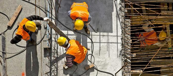 Uległeś wypadkowi przy pracy? Wyjaśniany krok po kroku jak uzyskać odszkodowanie