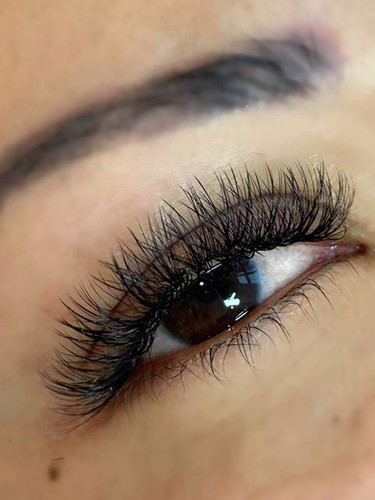 Fresh lashes for the weekend is always t