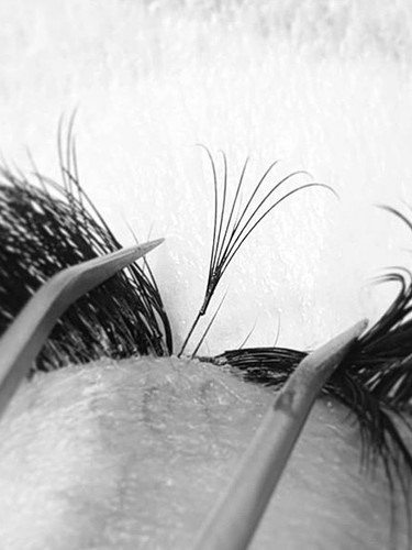 Why do OUR lashes LAST LONG?! ⠀⠀⠀⠀⠀⠀⠀⠀⠀