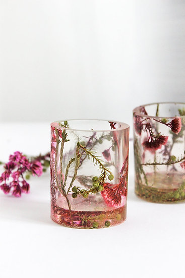 Set of 2 Cape Wild Flower Shot Glass.