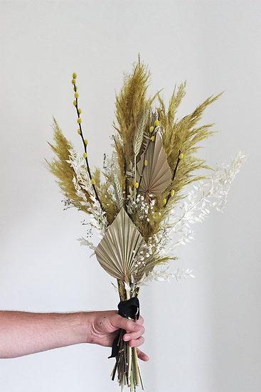 Summer Dried Bouquet.
