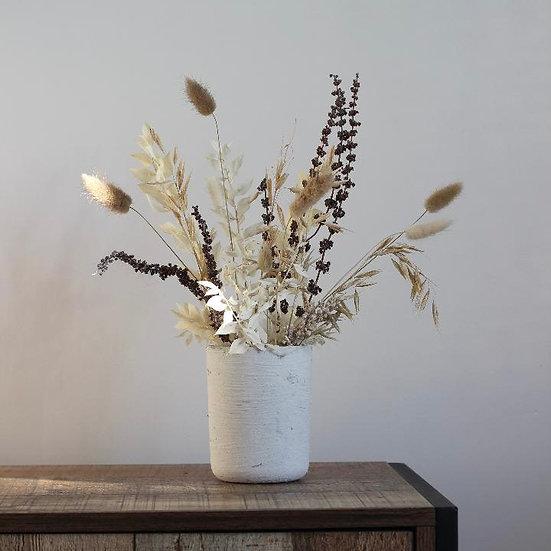 Small Spring awakening dried bouquet