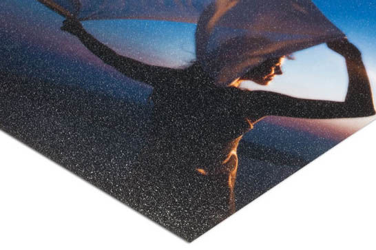 print-with-grainy-texture.jpg