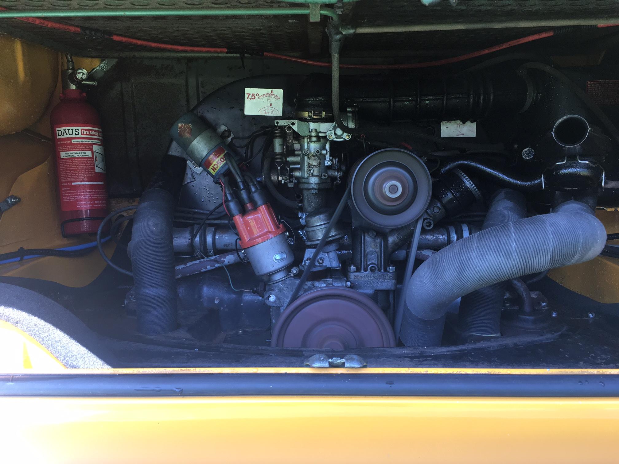 1973-5-berth-westfalia-campervan-engine.
