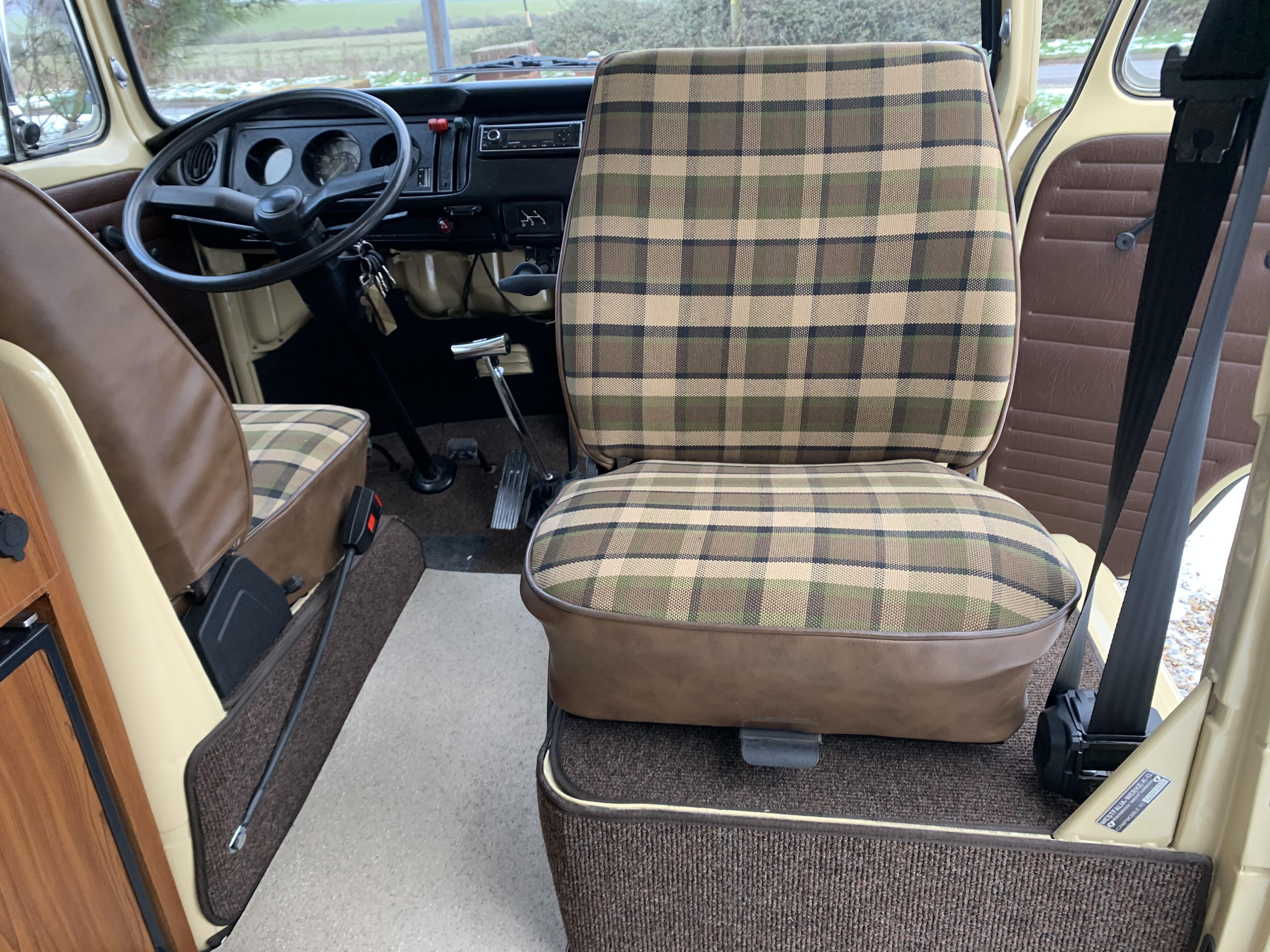 westfalia swivel seat