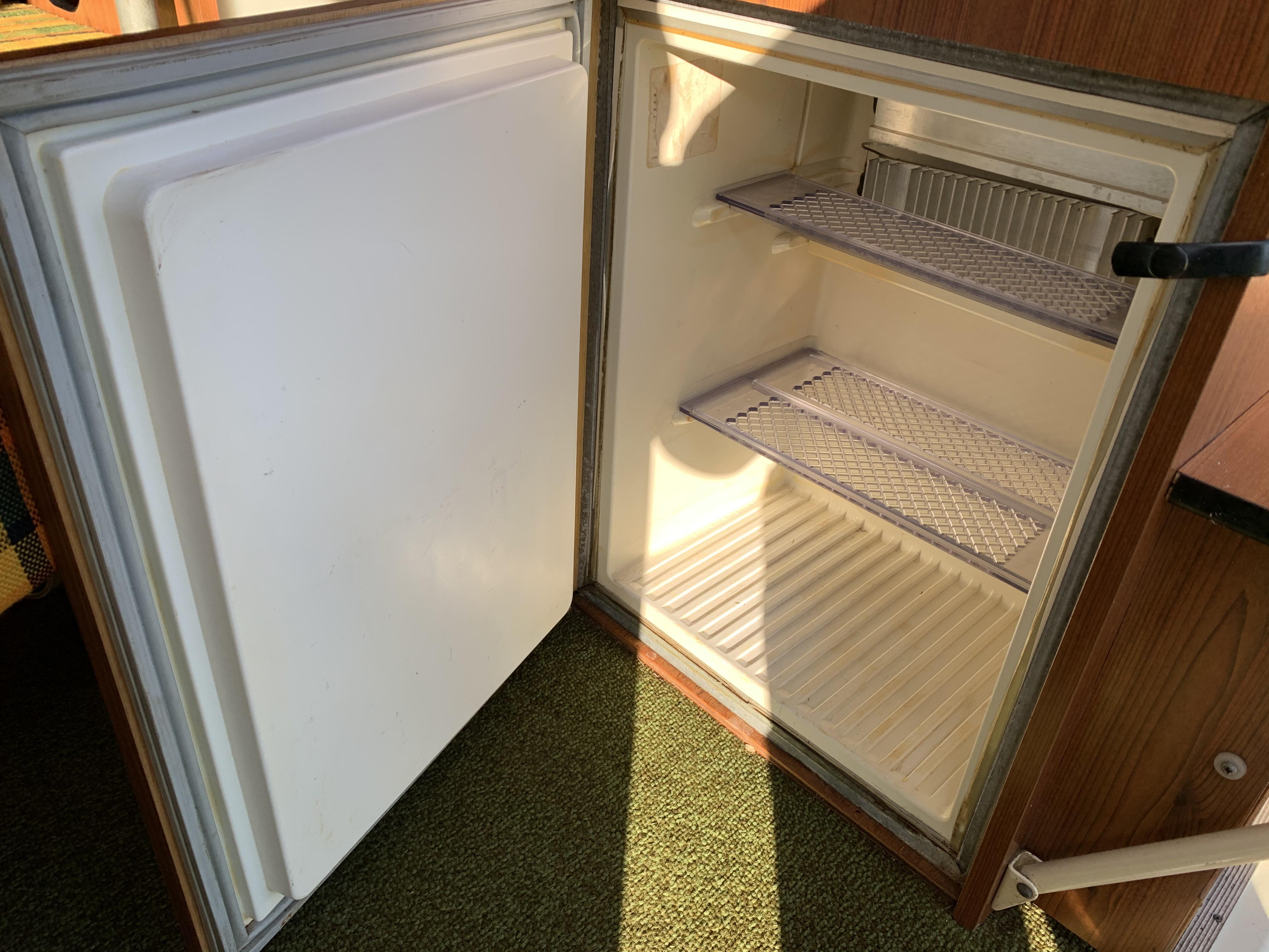 3 way fridge for camper