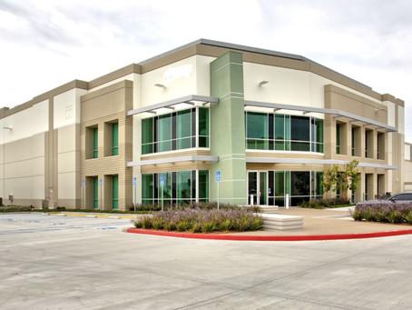 [CUPS] 137,358尺倉庫出售,位於 Eastvale