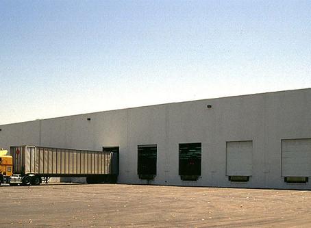 [CUPS]143,937尺倉庫轉租, 位於Compton