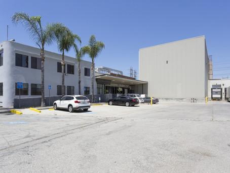 44,500尺倉庫出售, 位於South Gate