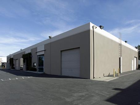 8,567尺倉庫出售, 位於Chino