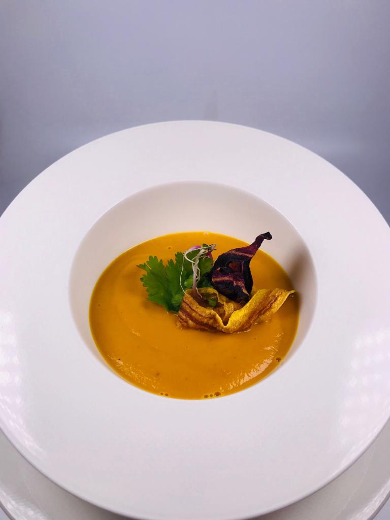 Krémová karotková polévka