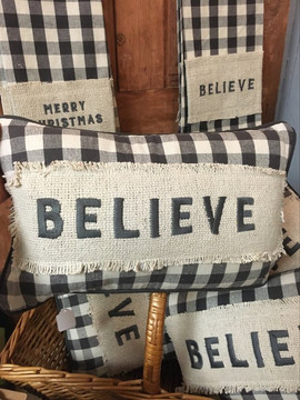 Bleive Pillow