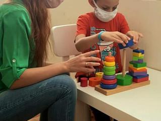 """Специалистите на сдружение """"Аутизъм днес"""" работят с душа и сърце, влагат любов, творчество"""