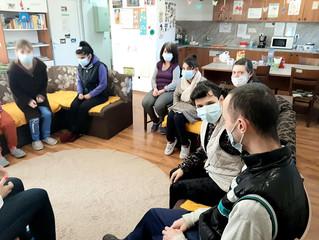 """""""Мобилен екип за работа с хората в Защитените жилища в област Плевен"""