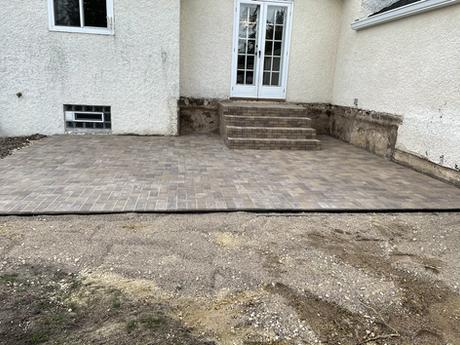 Chestnut Brick patio with steps