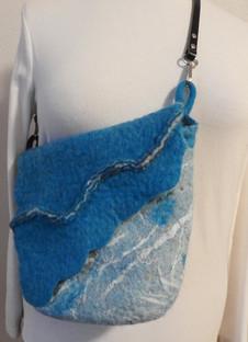 Wave shoulder bag