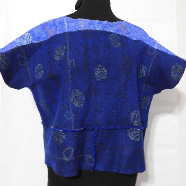 blue crop topshort sleeves