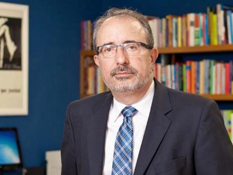 PODCAST: José Castilho explica por que o livro não deve ser taxado no Brasil