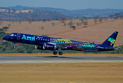 Companhia aérea Azul - Embraer 195-E2
