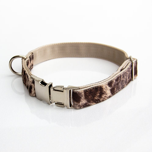 Leopard Collar