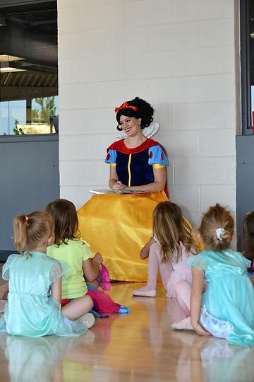 Snow White Ballet Adventure 82121-011.jpg