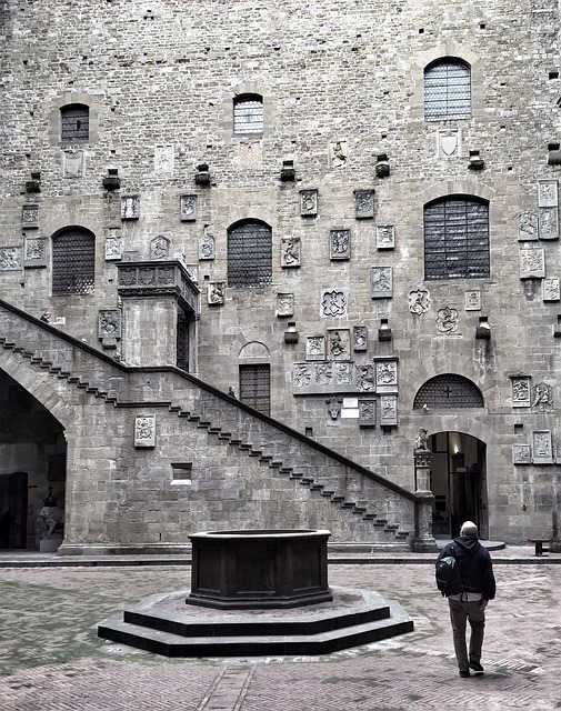museo-bargello-firenze-cortile