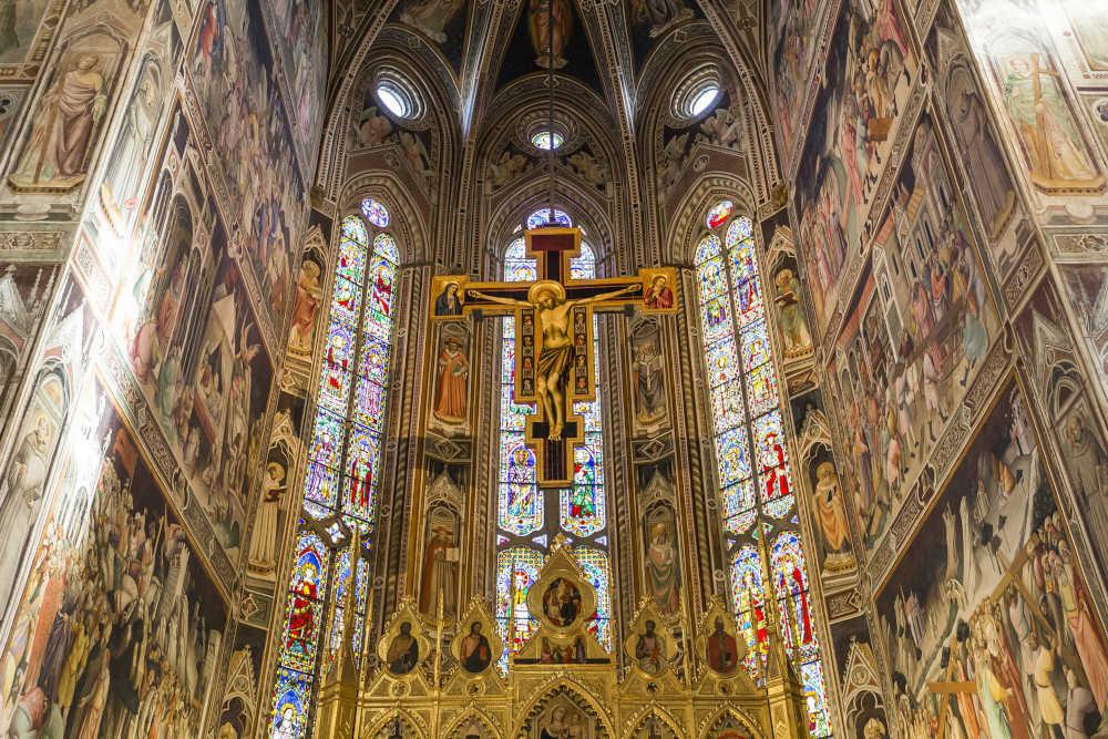 Santa-croce-cappella-maggiore-affreschi-gotico