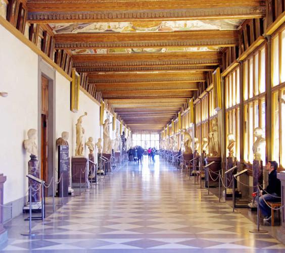 Uffizi-corridoio-ot.jpg