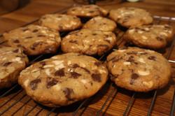 white chocolate chip /Milk Chocolate chips and walnut cookies